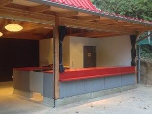 Os San Diego Zoo Kiosk T Install Comm Sliding Min